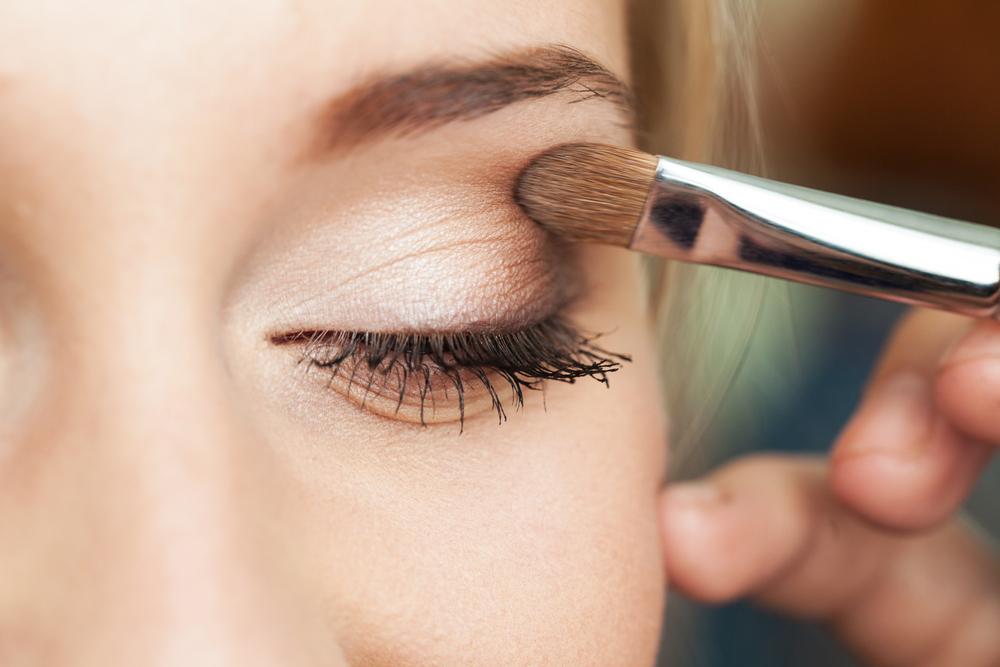 Basit göz makyajları tercih edin ile ilgili görsel sonucu