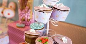 Doğum Günlerini Renklendirecek 4 Cupcake Tarifi