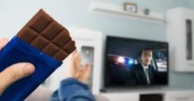 İçinde Çikolata Geçen İzlenesi ve Tatlı Filmler