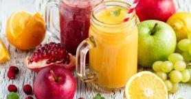 Evde Kolayca Hazırlayabileceğin Sağlıklı 5 Meyve Suyu