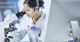 Bilim Dünyasındaki Başarılarıyla Göğsümüzü Kabartan 5 Türk Kadını