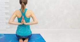 Bambaşka Bir Deneyim: İyengar Yoga Nedir?