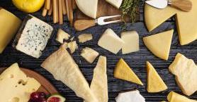 Tamamen Doğal Olarak Hazırlayabileceğiniz 5 Ev Yapımı İtalyan Peyniri Tarifi