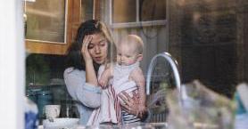 Çalışan Annelerin Hayatını Kolaylaştırmak İçin Yapabileceğiniz 4 Şey