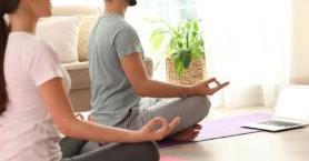 Online Yoga Nasıl Yapılır? Nelere Dikkat Edilmelidir?