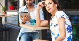 Erkeklerin İlk Buluşmada Yapmaması Gereken 8 Hareket