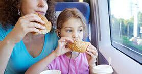 Çocuğunuz İçin Hangisini Tercih Etmelisiniz; Uçak, Otobüs, Tren, Gemi?