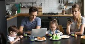 Ailelere Önemli Tavsiye: Dijital Diyet