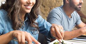 Öğle Yemeğinden Sonra Yorgun Hissetmemek İçin 6 Öneri