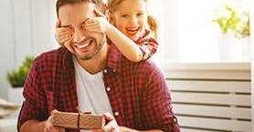 Genç Ruhlu Babalar İçin Hediye Alternatifleri