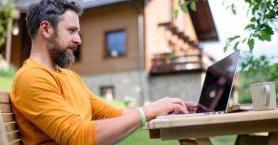 Yazın Evden Çalışırken Hayatını Kolaylaştıracak 5 Şey