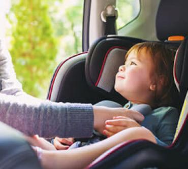 Araç İçerisinde Çocuğunuzun Güvenliğini Sağlamanın 10 Yolu