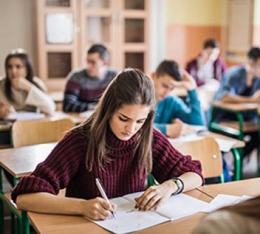 Sınav Zamanı Çocuklara Stressiz Ortam Yaratmanın Yolları